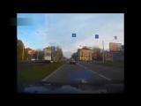 Осторожно! Тупые мамаши на дороге!