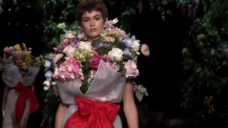 Moschino ¦ Spring Summer 2018 Full Fashion Show ¦ Exclusive