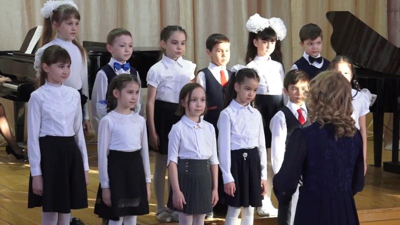 Камилла в хоре   Отчетный концерт в ДШИ 2018