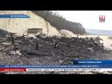 Журналисты телеканала «Крым 24» побывали на месте масштабного пожара в Бахчисарайском Свято-Успенском мужском монастыре Масштабн