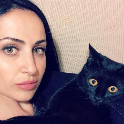 Нелли Шахназарян