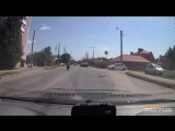 Слепой водитель и слепой пешеход