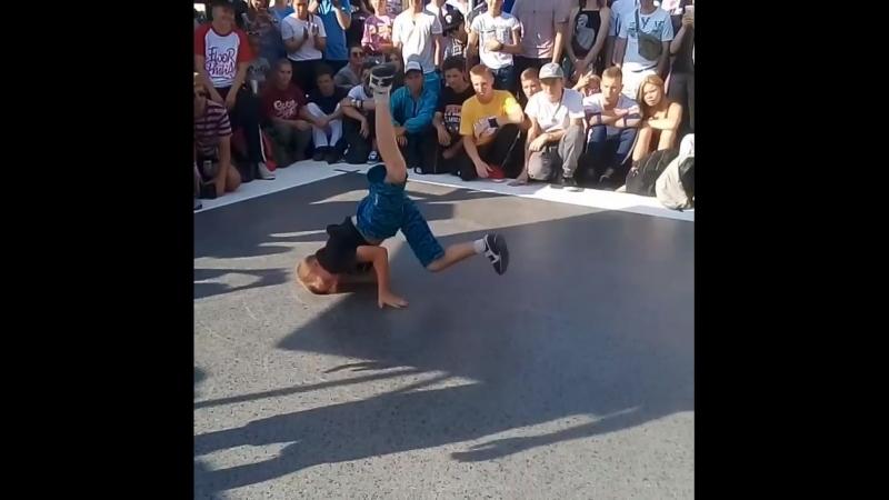 Bboy Zaryad , represent on the Nordance battle. 18.08.18.