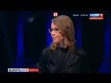 Жириновский в прямом эфире обматерил Собчак, которая облила его водой из стакана