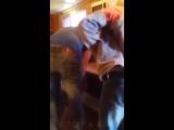 Женщина-прораб ставит на колени строителей и бьет их ремнем