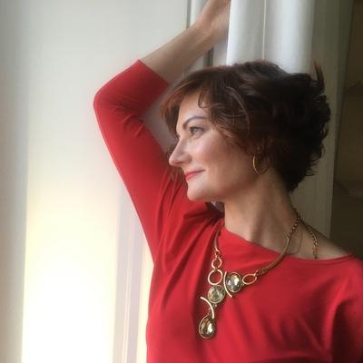 Александра Зовина