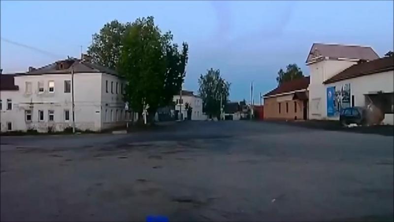 Неправильно выбрал скорость для манёвра)