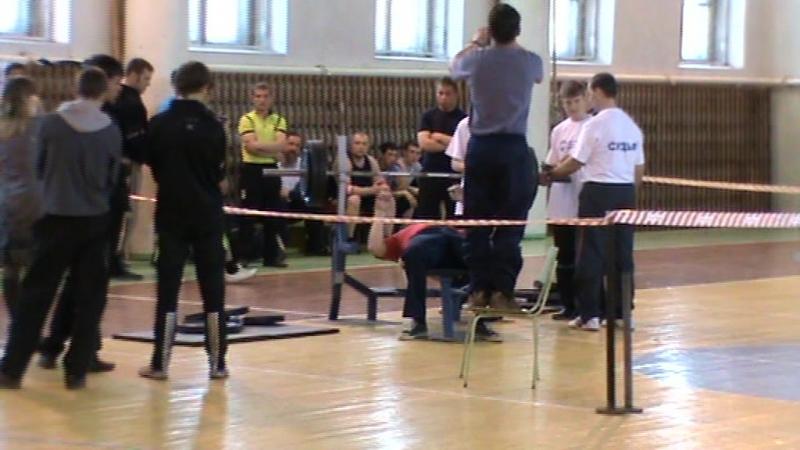 Самид Кулиев св 61.5 кг жим 110кг Максим Ягненко св 112кг 120кг Александр Бикетов св 87.8кг жим 130кг
