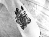 Тату роза / Rose tattoo/ Black and white tattoo/ Gray wash