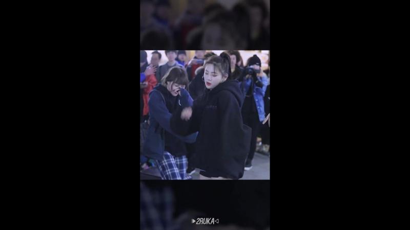 [직캠] 180219 굿데이_비바 방탄소년단 - MIC Drop