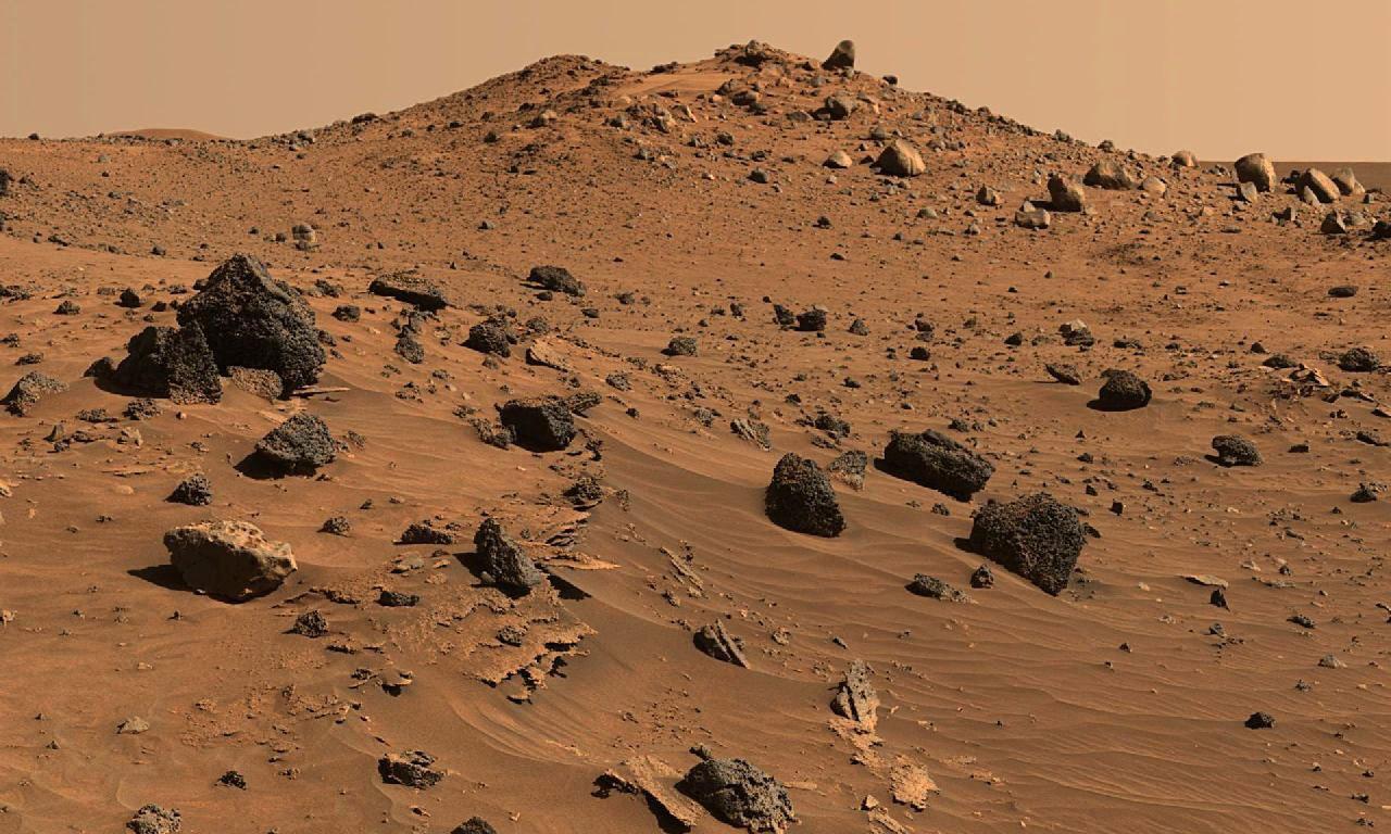 Панорамное фото планеты марс