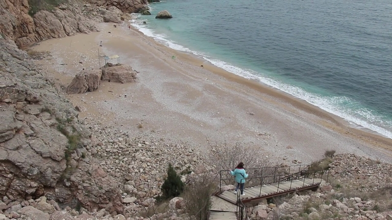 Лестница на пляж Васили