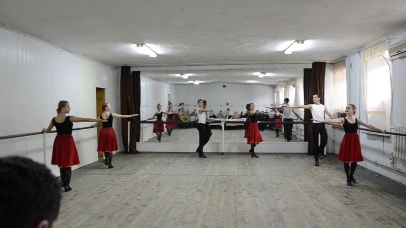 Народный танец 2 курс