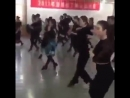 Школа танцев в Китае