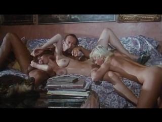 Moana pozzi threesome with rocco offerta indecente 1994