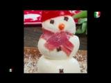 Come fare dei pupazzi di neve con la mozzarella