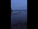 Джана с Эдиком уплывают в даль