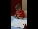Юный спецагент Фёдор, считает примеры на абакусе.