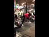 410 kg raw deadlift