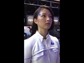 Это не человек, а робот-андроид, продемонстрированный на выставке Tokyo Game Show 2017