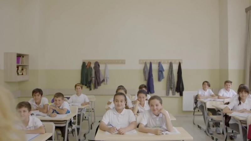 Öğrencilerin kitap bulamadığı, sınıflara sığamadığı, kara tahtaya mahkum olduğu günleri Hatırla