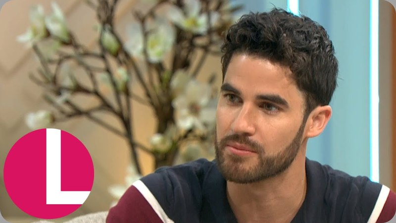 Darren Criss Attributes His Success in TV Drama to His Character in Glee | Lorraine