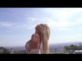 Огромные сиськи NIKKI BENZ в эротическом клипе в красивом белье перед порно секс видео