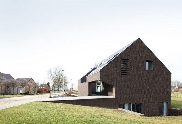 Tsl House / Adn Architecture