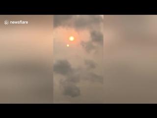 Нибиру в Лондоне! Хвост Нибиру окутал красной пылью Лондон и показал два Солнца!