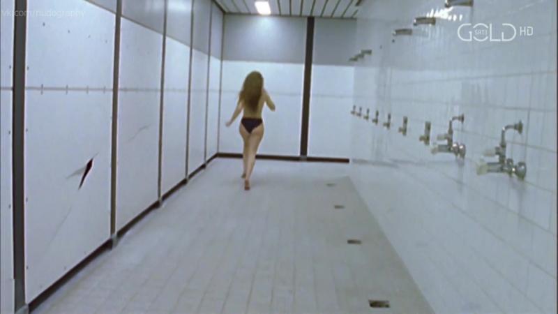 Маргитта-Янине Липпок (Margitta-Janine Lippok) голая в сериале Кельш (SK Kölsch, 2000) - Сезон 2 / Серия 4 (s02e04) HD 1080p