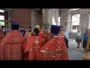 Епископ Георгий кропит святой водой после Евангелия Часть 3