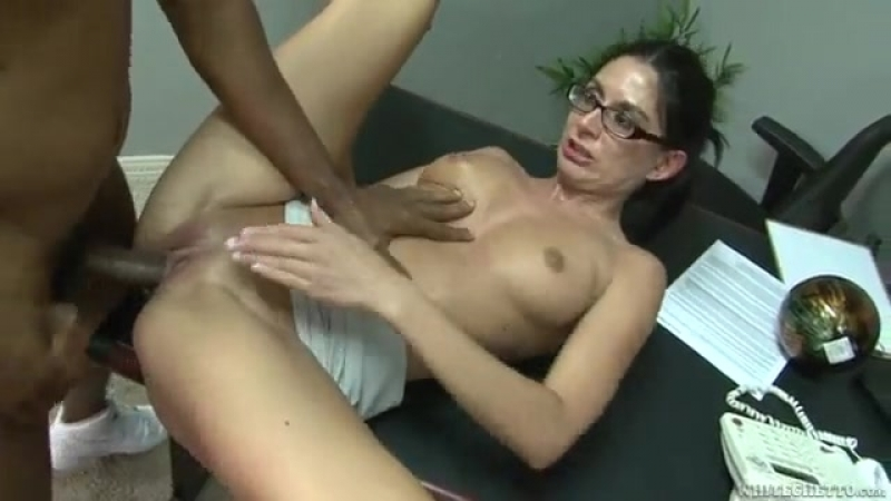 Nikki Daniels Nikki Daniels Slut Brunette Tries Black
