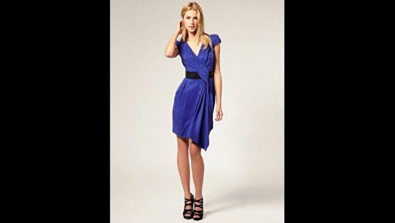 Платье новое с биркой. 40/42. Начальная цена 800 руб. Сейчас за 350 руб.!