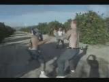 жестокий бой(видео содержит сцену крайнего насилия)