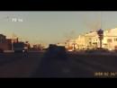 Тюменский инспектор ДПС на ходу запрыгнул в машину через заднее окно, чтобы задержать пьяного угонщика