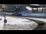 В Петрозаводске водитель Волги сбил школьницу на зебре и отвез ее в магазин