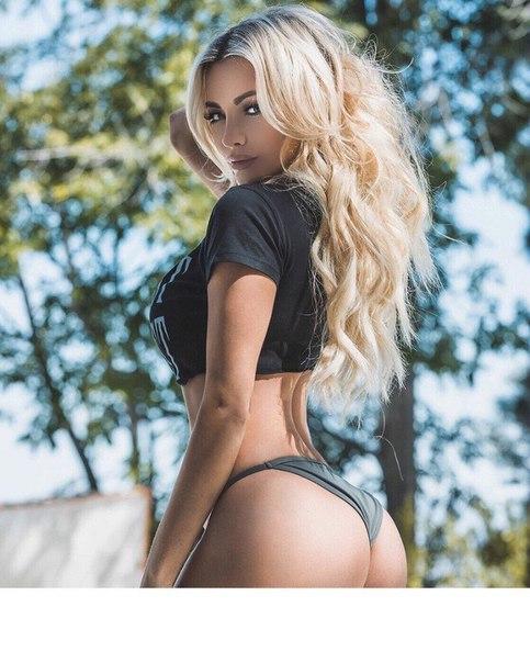 Black sexy female photo