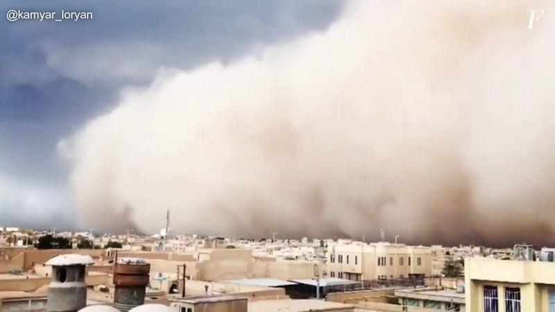 Iran: tempesta di sabbia