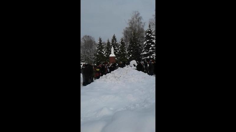 Похороны на центральном кладбище г Брянска большого поэта-фронтовика, писателя В.Д.Динабургского