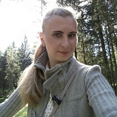 Мария Головач