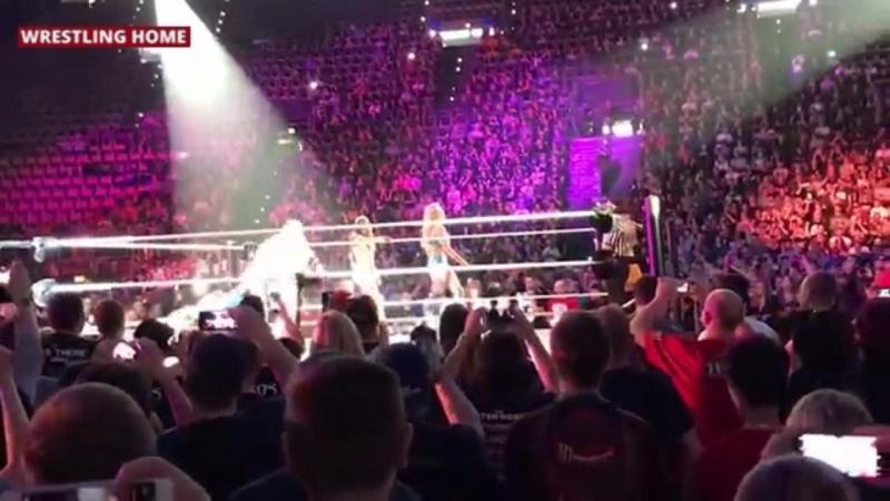 Хаус-шоу SmackDown в Мюнхене (20.05.18).