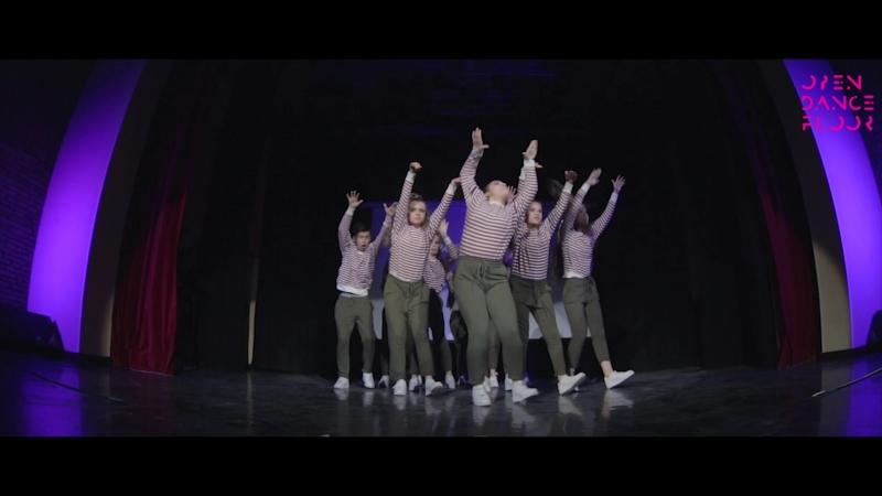 OPEN DANCE FLOOR   CREW JUNIORS   [BG - [JG BFR CREW