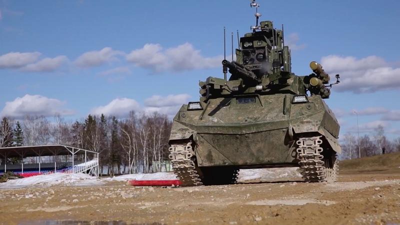 Боевое применение многофункциональных комплексов разведки «Уран-9»