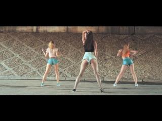 Dance Reggaeton! Choreography by Alexandra Yatsenko. SOCIALDANCE Танцы в Новосибирске!