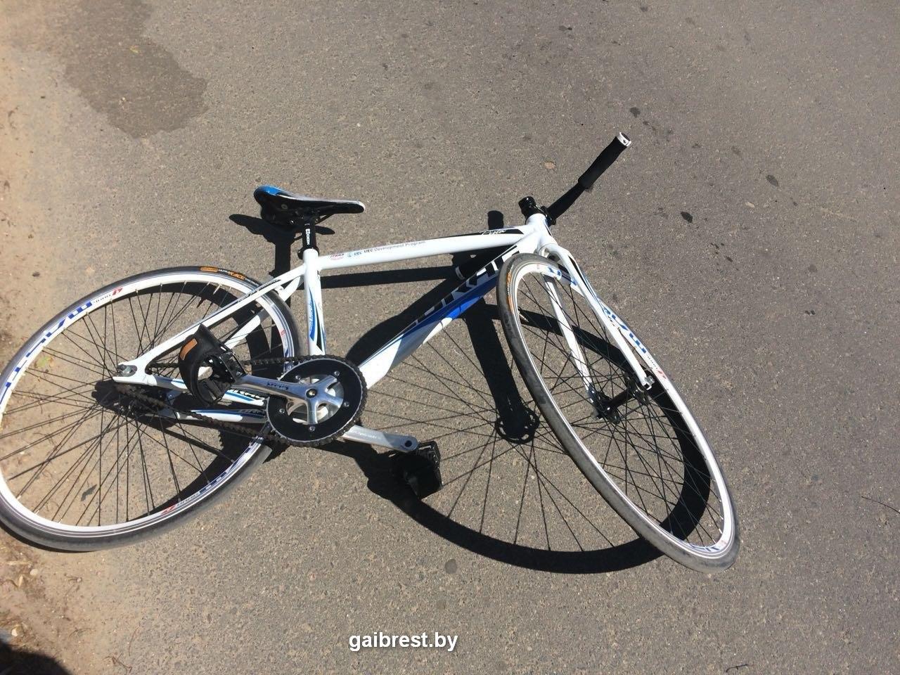 На ул. Пушкинской в Бресте водитель сбил велосипедиста