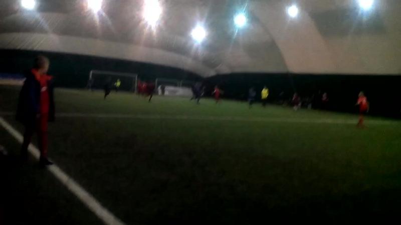 Футбол под куполом.