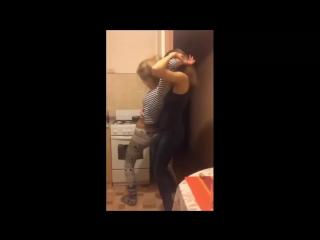 Russian Girls Hot Dance on Periscope