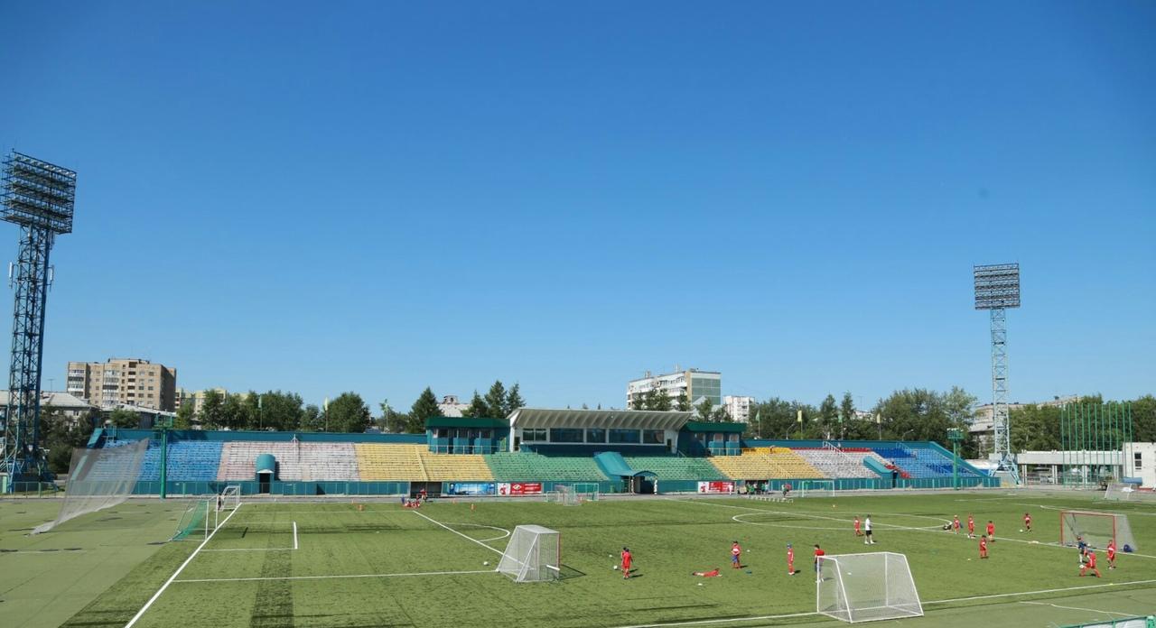 двух архивные фото стадиона труд в краснодаре личные качества