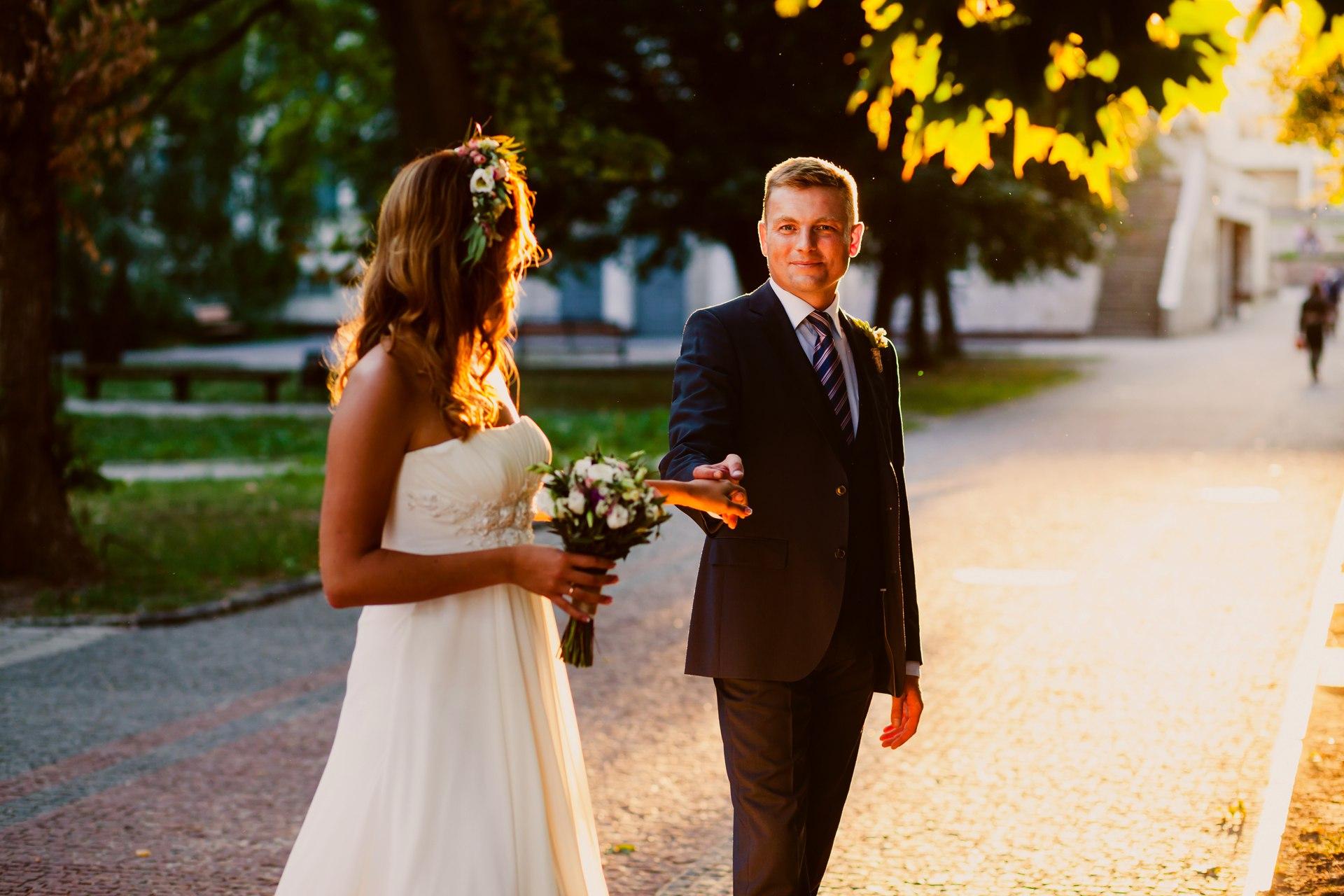 zq3cAgaYhq8 - 10 правил спокойной невесты