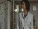 Темные Воды Honogurai mizu no soko kara Япония 2002 Ёсими и ее пятилетняя дочь Икуко живут в мрачном многоквартирном доме Их преследуют как наваждение темная вода капающая с потолка и сочащаяся из стен и маленькая красная сумка принадлежавшая девочке которая пропала при загадочных обстоятельствах два года назад…